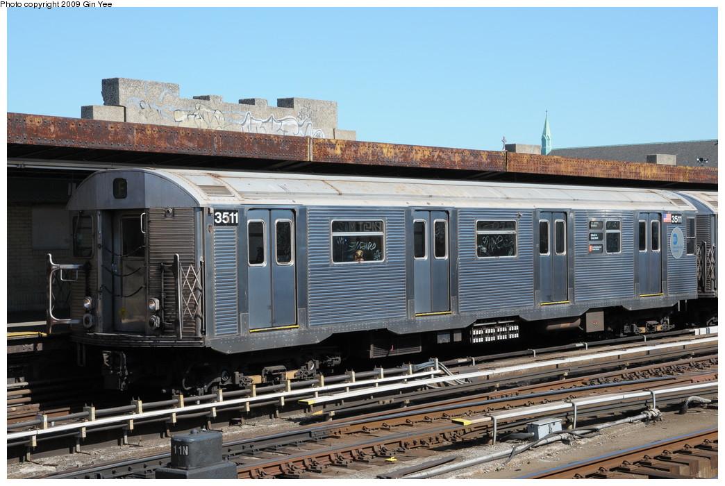 (279k, 1044x700)<br><b>Country:</b> United States<br><b>City:</b> New York<br><b>System:</b> New York City Transit<br><b>Line:</b> IND Crosstown Line<br><b>Location:</b> 4th Avenue <br><b>Route:</b> F<br><b>Car:</b> R-32 (Budd, 1964)  3511 <br><b>Photo by:</b> Gin Yee<br><b>Date:</b> 3/23/2009<br><b>Viewed (this week/total):</b> 0 / 1182