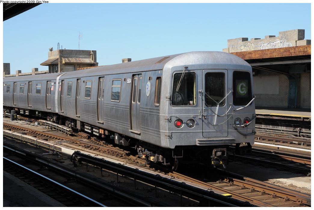 (256k, 1044x700)<br><b>Country:</b> United States<br><b>City:</b> New York<br><b>System:</b> New York City Transit<br><b>Line:</b> IND Crosstown Line<br><b>Location:</b> 4th Avenue <br><b>Route:</b> G<br><b>Car:</b> R-46 (Pullman-Standard, 1974-75) 5634 <br><b>Photo by:</b> Gin Yee<br><b>Date:</b> 3/23/2009<br><b>Viewed (this week/total):</b> 0 / 1155