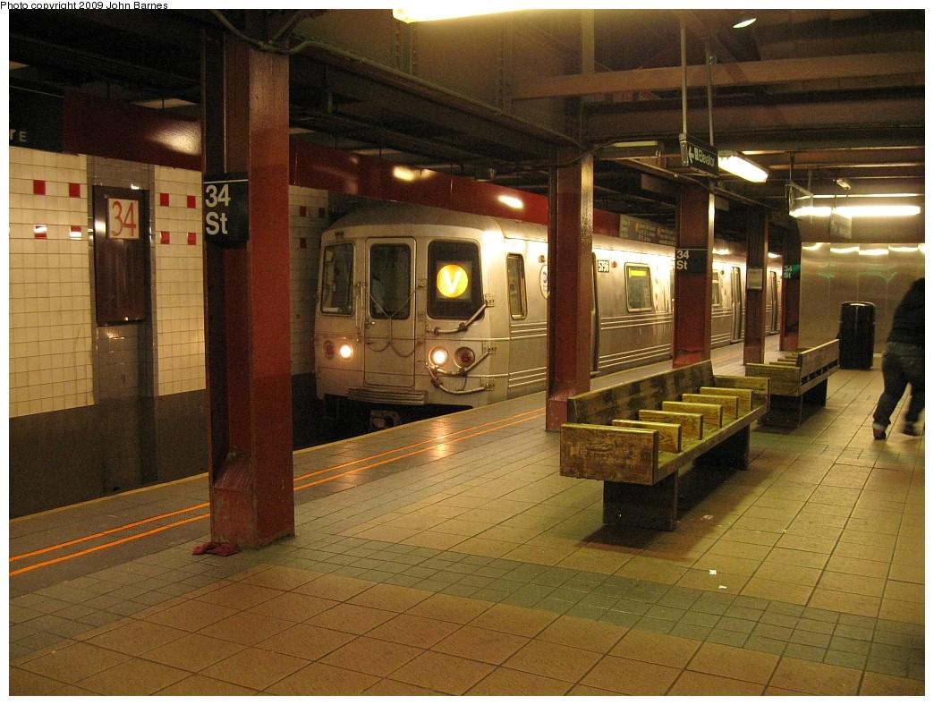 (246k, 1044x788)<br><b>Country:</b> United States<br><b>City:</b> New York<br><b>System:</b> New York City Transit<br><b>Line:</b> IND 6th Avenue Line<br><b>Location:</b> 34th Street/Herald Square <br><b>Route:</b> V<br><b>Car:</b> R-46 (Pullman-Standard, 1974-75) 5756 <br><b>Photo by:</b> John Barnes<br><b>Date:</b> 3/20/2009<br><b>Viewed (this week/total):</b> 0 / 1791