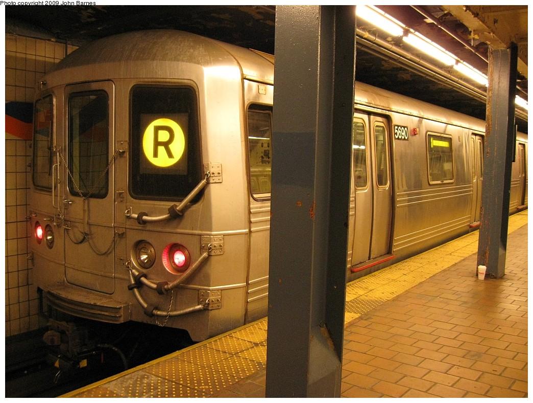 (250k, 1044x788)<br><b>Country:</b> United States<br><b>City:</b> New York<br><b>System:</b> New York City Transit<br><b>Line:</b> IND Queens Boulevard Line<br><b>Location:</b> 179th Street <br><b>Route:</b> R<br><b>Car:</b> R-46 (Pullman-Standard, 1974-75) 5690 <br><b>Photo by:</b> John Barnes<br><b>Date:</b> 3/21/2009<br><b>Viewed (this week/total):</b> 3 / 1420