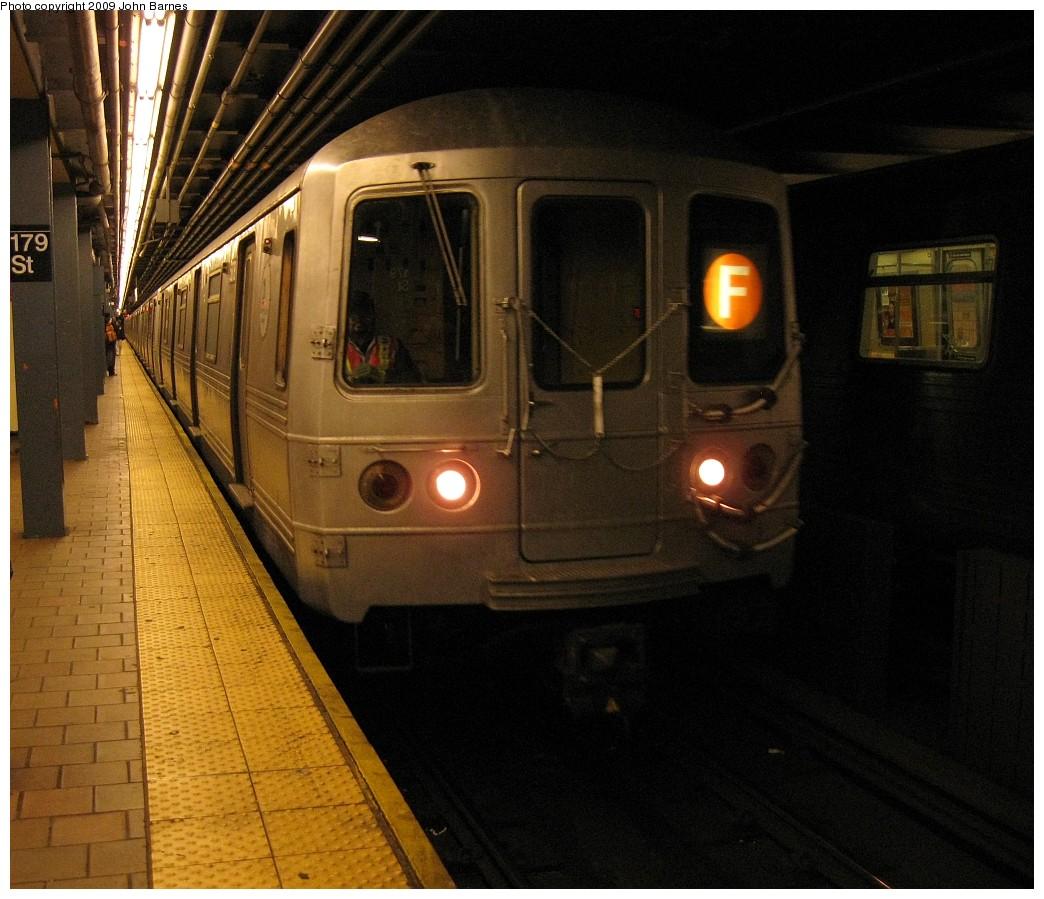 (225k, 1044x899)<br><b>Country:</b> United States<br><b>City:</b> New York<br><b>System:</b> New York City Transit<br><b>Line:</b> IND Queens Boulevard Line<br><b>Location:</b> 179th Street <br><b>Route:</b> R<br><b>Car:</b> R-46 (Pullman-Standard, 1974-75)  <br><b>Photo by:</b> John Barnes<br><b>Date:</b> 3/22/2009<br><b>Viewed (this week/total):</b> 4 / 2197