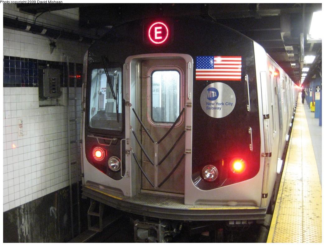 (208k, 1044x788)<br><b>Country:</b> United States<br><b>City:</b> New York<br><b>System:</b> New York City Transit<br><b>Line:</b> IND 8th Avenue Line<br><b>Location:</b> Chambers Street/World Trade Center <br><b>Route:</b> E<br><b>Car:</b> R-160A (Option 1) (Alstom, 2008-2009, 5 car sets)  9298 <br><b>Photo by:</b> David M. <br><b>Date:</b> 2/19/2009<br><b>Viewed (this week/total):</b> 0 / 1462