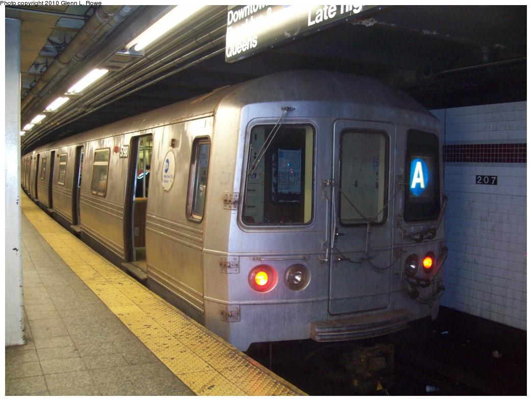 (204k, 1044x788)<br><b>Country:</b> United States<br><b>City:</b> New York<br><b>System:</b> New York City Transit<br><b>Line:</b> IND 8th Avenue Line<br><b>Location:</b> 207th Street <br><b>Route:</b> A<br><b>Car:</b> R-46 (Pullman-Standard, 1974-75) 5798 <br><b>Photo by:</b> Glenn L. Rowe<br><b>Date:</b> 4/6/2010<br><b>Viewed (this week/total):</b> 0 / 956