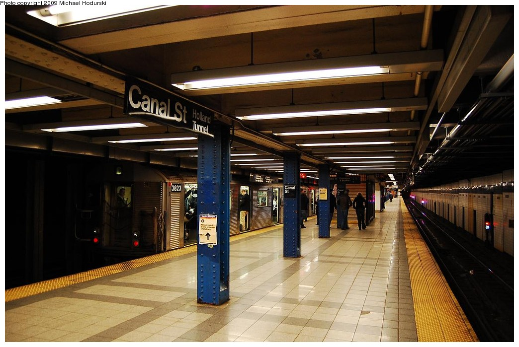 (228k, 1044x699)<br><b>Country:</b> United States<br><b>City:</b> New York<br><b>System:</b> New York City Transit<br><b>Line:</b> IND 8th Avenue Line<br><b>Location:</b> Canal Street-Holland Tunnel <br><b>Route:</b> C<br><b>Car:</b> R-32 (Budd, 1964)  3823 <br><b>Photo by:</b> Michael Hodurski<br><b>Date:</b> 3/22/2008<br><b>Viewed (this week/total):</b> 4 / 1289