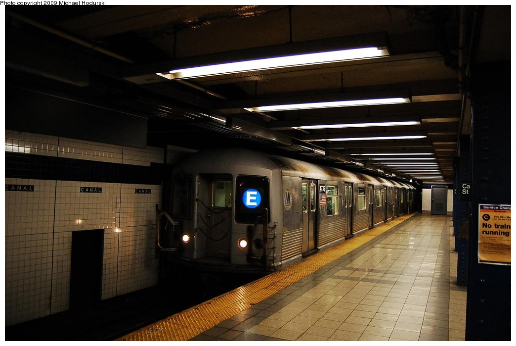 (195k, 1044x699)<br><b>Country:</b> United States<br><b>City:</b> New York<br><b>System:</b> New York City Transit<br><b>Line:</b> IND 8th Avenue Line<br><b>Location:</b> Canal Street-Holland Tunnel <br><b>Route:</b> E<br><b>Car:</b> R-42 (St. Louis, 1969-1970)  4775 <br><b>Photo by:</b> Michael Hodurski<br><b>Date:</b> 3/22/2008<br><b>Viewed (this week/total):</b> 0 / 1235