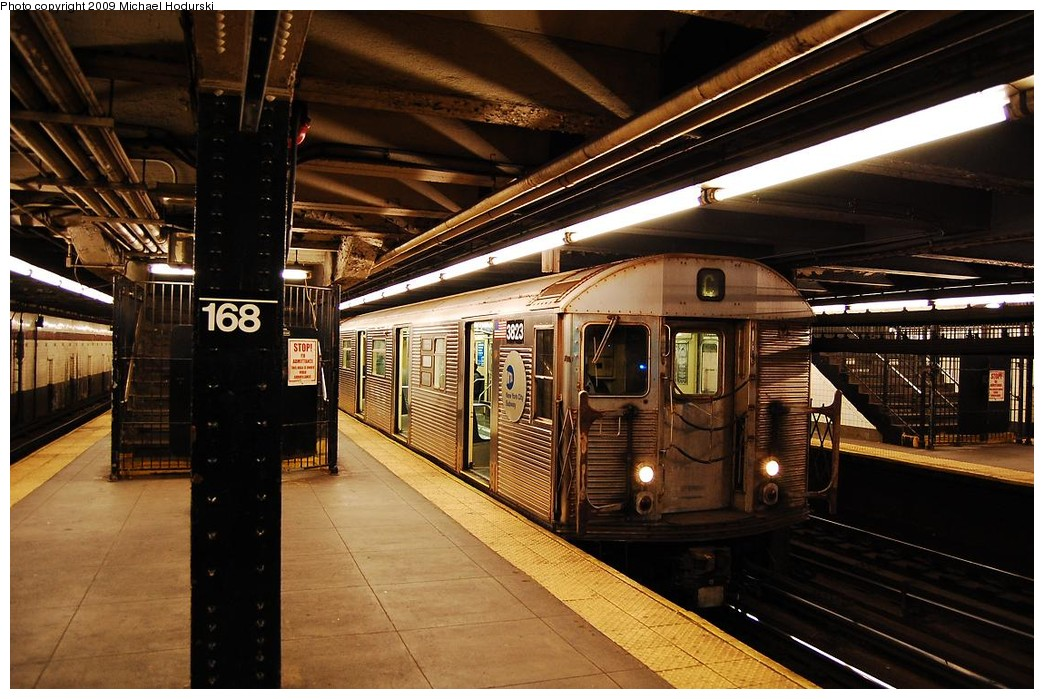 (249k, 1044x699)<br><b>Country:</b> United States<br><b>City:</b> New York<br><b>System:</b> New York City Transit<br><b>Line:</b> IND 8th Avenue Line<br><b>Location:</b> 168th Street <br><b>Route:</b> C<br><b>Car:</b> R-32 (Budd, 1964)  3823 <br><b>Photo by:</b> Michael Hodurski<br><b>Date:</b> 3/22/2008<br><b>Viewed (this week/total):</b> 0 / 1185