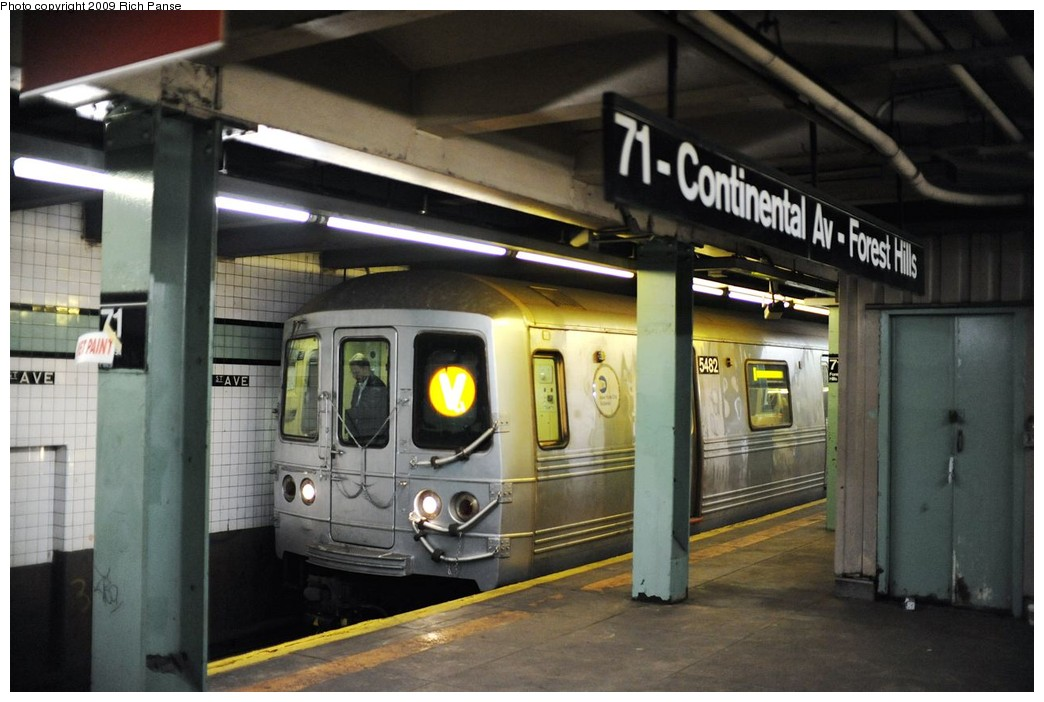 (167k, 1044x702)<br><b>Country:</b> United States<br><b>City:</b> New York<br><b>System:</b> New York City Transit<br><b>Line:</b> IND Queens Boulevard Line<br><b>Location:</b> 71st/Continental Aves./Forest Hills <br><b>Route:</b> V<br><b>Car:</b> R-46 (Pullman-Standard, 1974-75) 5482 <br><b>Photo by:</b> Richard Panse<br><b>Date:</b> 3/25/2009<br><b>Viewed (this week/total):</b> 1 / 1386