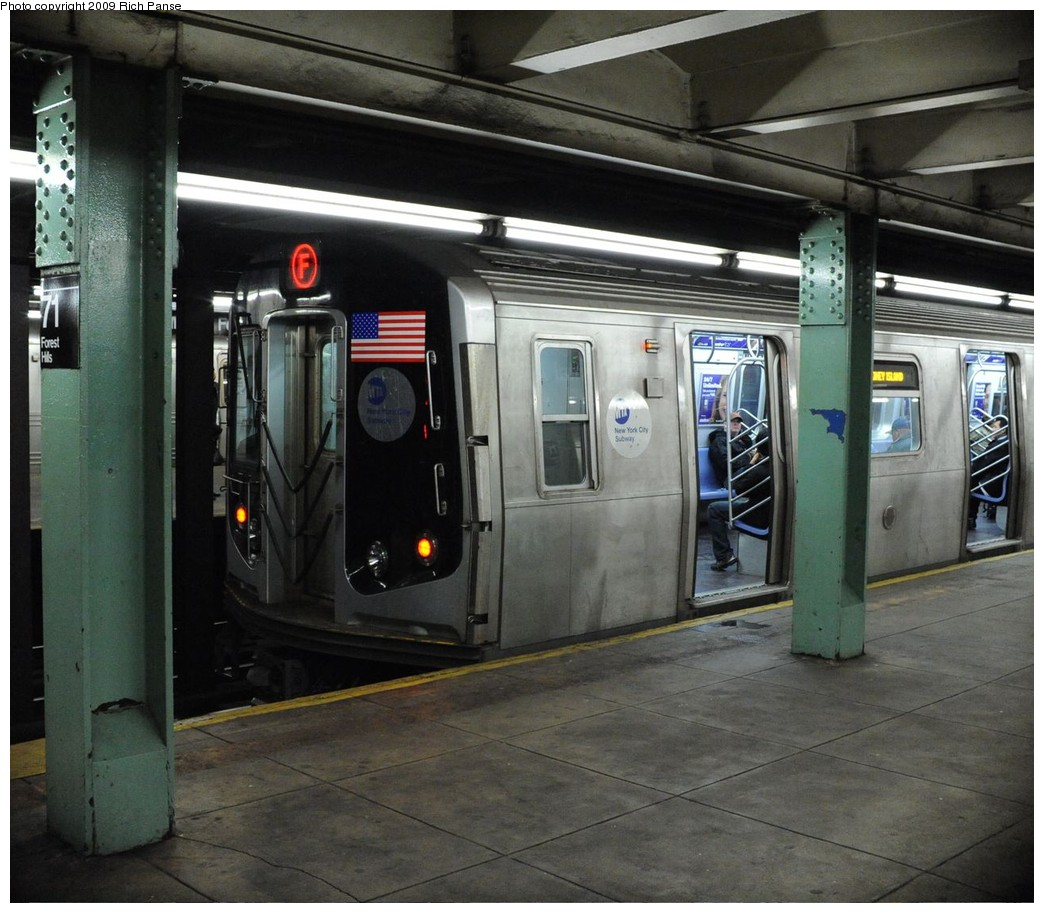 (224k, 1044x913)<br><b>Country:</b> United States<br><b>City:</b> New York<br><b>System:</b> New York City Transit<br><b>Line:</b> IND Queens Boulevard Line<br><b>Location:</b> 71st/Continental Aves./Forest Hills <br><b>Route:</b> F<br><b>Car:</b> R-160A (Option 1) (Alstom, 2008-2009, 5 car sets)  9247 <br><b>Photo by:</b> Richard Panse<br><b>Date:</b> 3/25/2009<br><b>Viewed (this week/total):</b> 0 / 1811