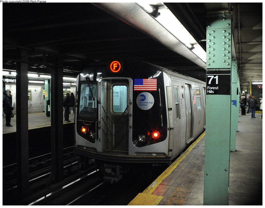 (191k, 1044x820)<br><b>Country:</b> United States<br><b>City:</b> New York<br><b>System:</b> New York City Transit<br><b>Line:</b> IND Queens Boulevard Line<br><b>Location:</b> 71st/Continental Aves./Forest Hills <br><b>Route:</b> F<br><b>Car:</b> R-160A (Option 1) (Alstom, 2008-2009, 5 car sets)  9247 <br><b>Photo by:</b> Richard Panse<br><b>Date:</b> 3/25/2009<br><b>Viewed (this week/total):</b> 1 / 1525