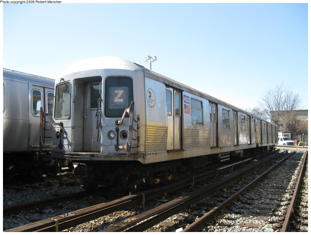 (207k, 1044x788)<br><b>Country:</b> United States<br><b>City:</b> New York<br><b>System:</b> New York City Transit<br><b>Location:</b> East New York Yard/Shops<br><b>Car:</b> R-42 (St. Louis, 1969-1970)  4823 <br><b>Photo by:</b> Robert Mencher<br><b>Date:</b> 3/23/2009<br><b>Viewed (this week/total):</b> 2 / 720