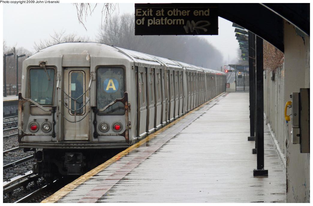(223k, 1044x686)<br><b>Country:</b> United States<br><b>City:</b> New York<br><b>System:</b> New York City Transit<br><b>Line:</b> IND Rockaway<br><b>Location:</b> Aqueduct/North Conduit Avenue <br><b>Route:</b> A<br><b>Car:</b> R-40 (St. Louis, 1968)  4347 <br><b>Photo by:</b> John Urbanski<br><b>Date:</b> 3/26/2009<br><b>Viewed (this week/total):</b> 1 / 1749