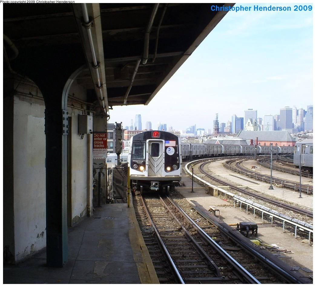 (226k, 1044x950)<br><b>Country:</b> United States<br><b>City:</b> New York<br><b>System:</b> New York City Transit<br><b>Line:</b> IND Crosstown Line<br><b>Location:</b> Smith/9th Street <br><b>Route:</b> F<br><b>Car:</b> R-160A (Option 1) (Alstom, 2008-2009, 5 car sets)  9238 <br><b>Photo by:</b> Christopher Henderson<br><b>Date:</b> 3/25/2009<br><b>Viewed (this week/total):</b> 0 / 1675