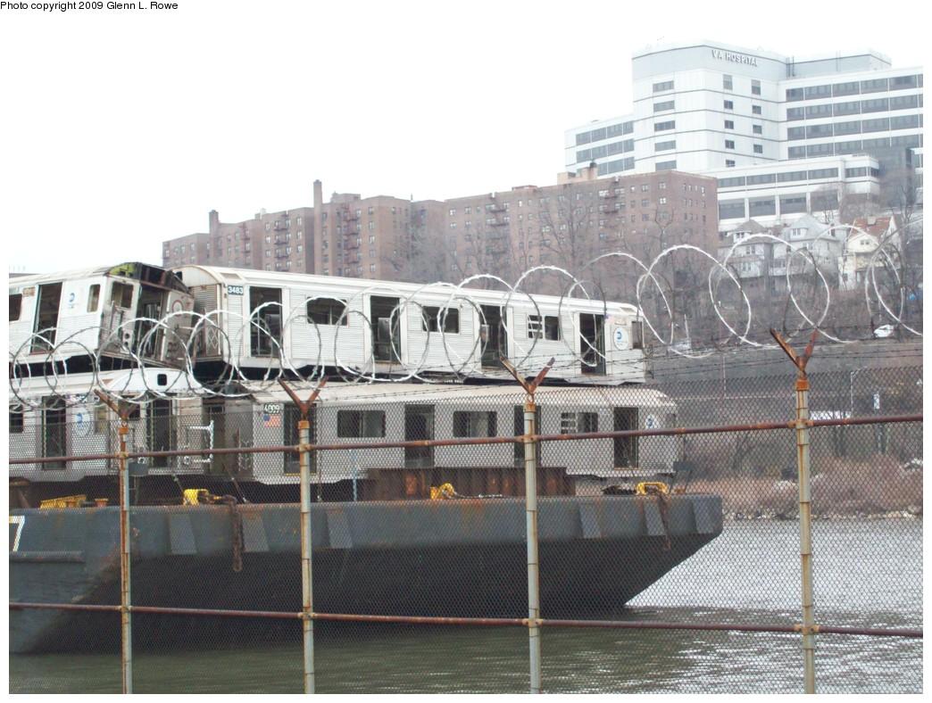 (237k, 1044x788)<br><b>Country:</b> United States<br><b>City:</b> New York<br><b>System:</b> New York City Transit<br><b>Location:</b> 207th Street Yard<br><b>Car:</b> R-32 (Budd, 1964)  3483 <br><b>Photo by:</b> Glenn L. Rowe<br><b>Date:</b> 3/26/2009<br><b>Notes:</b> With R38 4099<br><b>Viewed (this week/total):</b> 1 / 1219