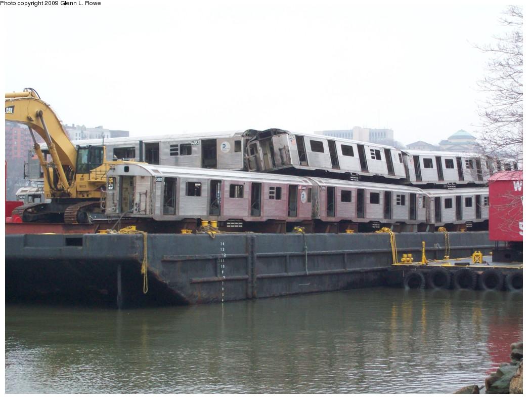(184k, 1044x788)<br><b>Country:</b> United States<br><b>City:</b> New York<br><b>System:</b> New York City Transit<br><b>Location:</b> 207th Street Yard<br><b>Car:</b> R-38 (St. Louis, 1966-1967)  4083 <br><b>Photo by:</b> Glenn L. Rowe<br><b>Date:</b> 3/26/2009<br><b>Notes:</b> With 4063, 3482, 3379, 4062<br><b>Viewed (this week/total):</b> 0 / 1625