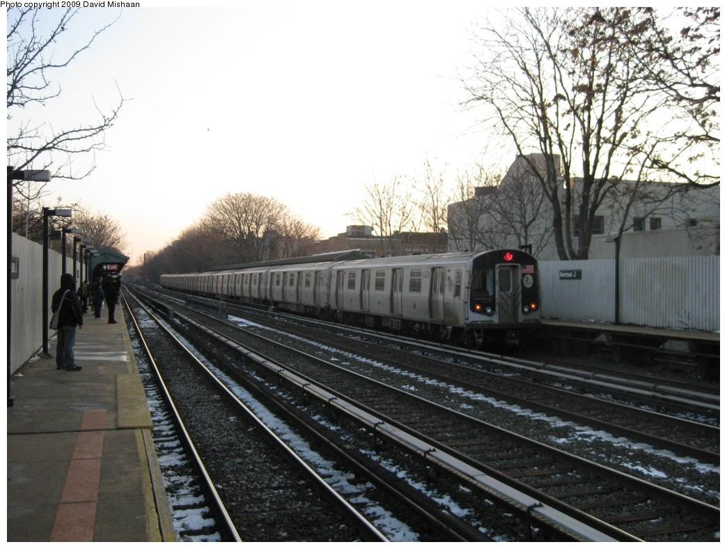 (215k, 1044x788)<br><b>Country:</b> United States<br><b>City:</b> New York<br><b>System:</b> New York City Transit<br><b>Line:</b> BMT Brighton Line<br><b>Location:</b> Avenue J <br><b>Route:</b> Q<br><b>Car:</b> R-160B (Kawasaki, 2005-2008)  8782 <br><b>Photo by:</b> David M. <br><b>Date:</b> 1/22/2009<br><b>Viewed (this week/total):</b> 0 / 1092