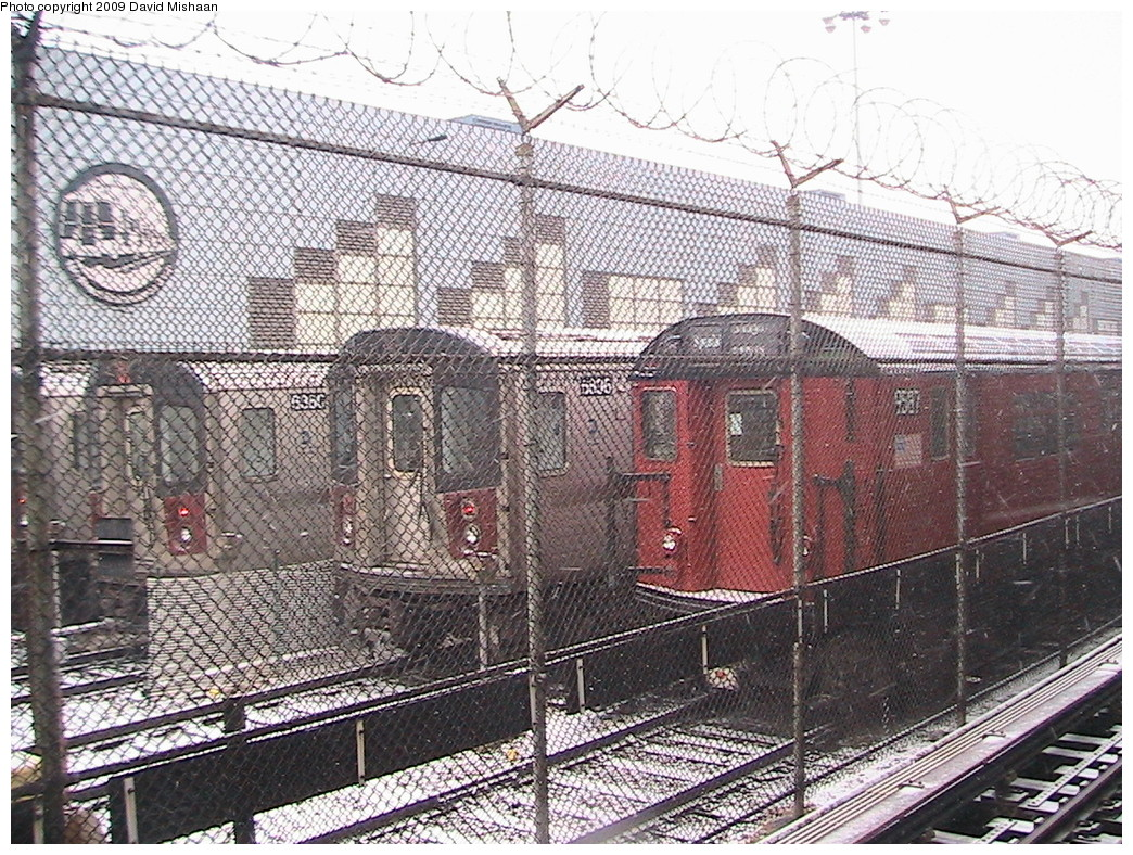 (361k, 1044x788)<br><b>Country:</b> United States<br><b>City:</b> New York<br><b>System:</b> New York City Transit<br><b>Location:</b> East 180th Street Yard<br><b>Car:</b> R-36 World's Fair (St. Louis, 1963-64) 9587 <br><b>Photo by:</b> David M. <br><b>Date:</b> 12/31/2008<br><b>Viewed (this week/total):</b> 3 / 1988