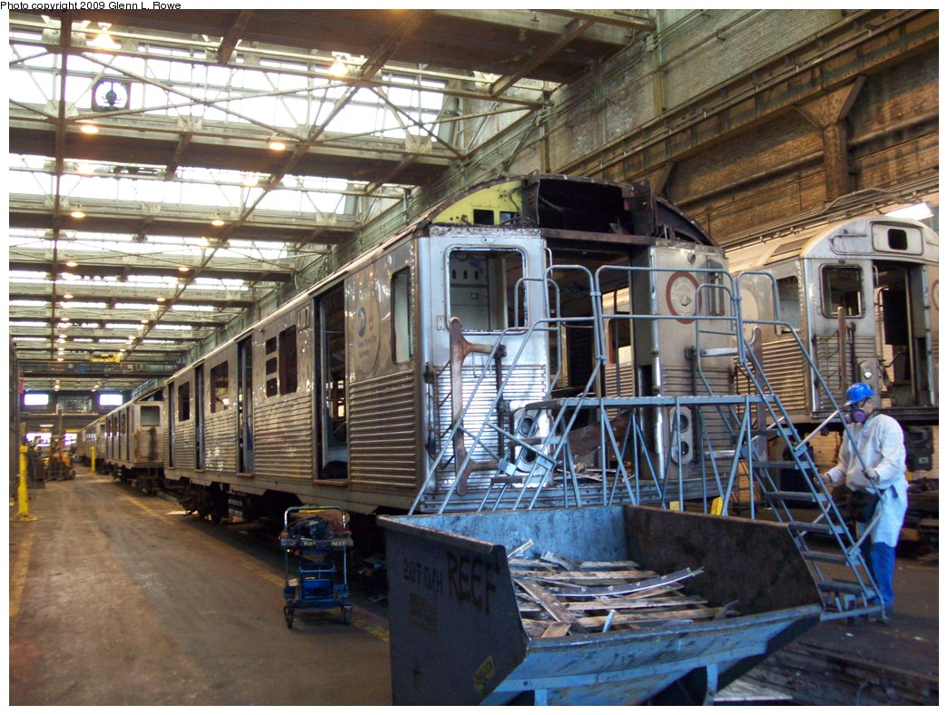 (274k, 1044x788)<br><b>Country:</b> United States<br><b>City:</b> New York<br><b>System:</b> New York City Transit<br><b>Location:</b> 207th Street Yard<br><b>Car:</b> R-38 (St. Louis, 1966-1967)  4107 <br><b>Photo by:</b> Glenn L. Rowe<br><b>Date:</b> 3/27/2009<br><b>Notes:</b> Scrap<br><b>Viewed (this week/total):</b> 2 / 1001