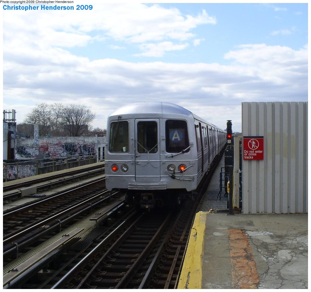 (217k, 1044x980)<br><b>Country:</b> United States<br><b>City:</b> New York<br><b>System:</b> New York City Transit<br><b>Line:</b> IND Fulton Street Line<br><b>Location:</b> Rockaway Boulevard <br><b>Route:</b> A<br><b>Car:</b> R-46 (Pullman-Standard, 1974-75) 6168 <br><b>Photo by:</b> Christopher Henderson<br><b>Date:</b> 3/30/2009<br><b>Viewed (this week/total):</b> 1 / 976