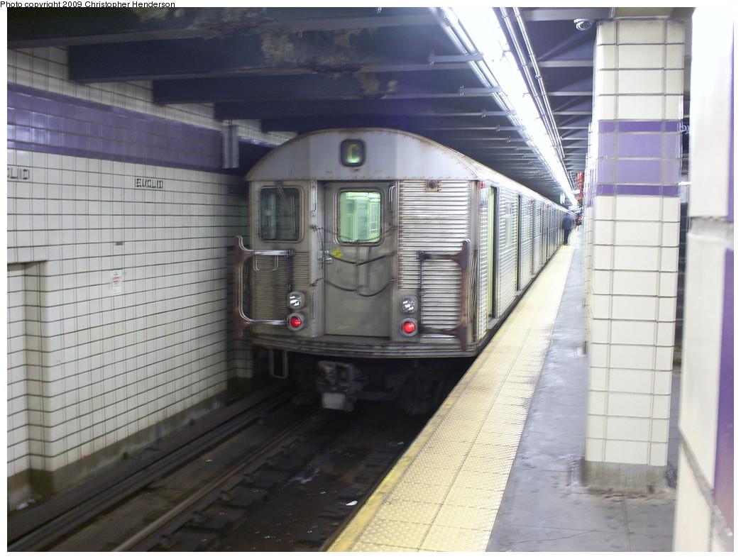 (243k, 1044x788)<br><b>Country:</b> United States<br><b>City:</b> New York<br><b>System:</b> New York City Transit<br><b>Line:</b> IND Fulton Street Line<br><b>Location:</b> Euclid Avenue <br><b>Route:</b> C<br><b>Car:</b> R-32 (Budd, 1964)  3840 <br><b>Photo by:</b> Christopher Henderson<br><b>Date:</b> 3/30/2009<br><b>Viewed (this week/total):</b> 0 / 1126