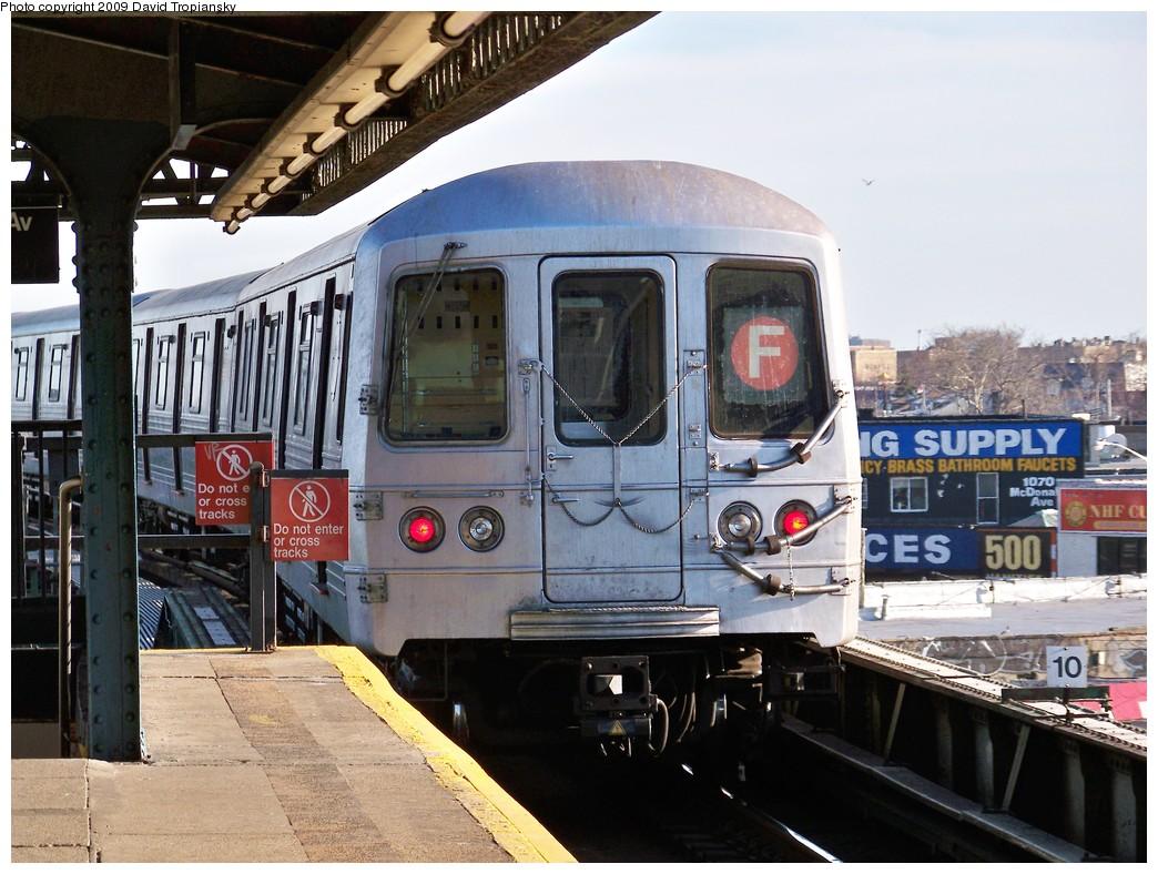 (241k, 1044x788)<br><b>Country:</b> United States<br><b>City:</b> New York<br><b>System:</b> New York City Transit<br><b>Line:</b> BMT Culver Line<br><b>Location:</b> 18th Avenue <br><b>Route:</b> F<br><b>Car:</b> R-46 (Pullman-Standard, 1974-75) 6028 <br><b>Photo by:</b> David Tropiansky<br><b>Date:</b> 3/25/2009<br><b>Viewed (this week/total):</b> 1 / 1046