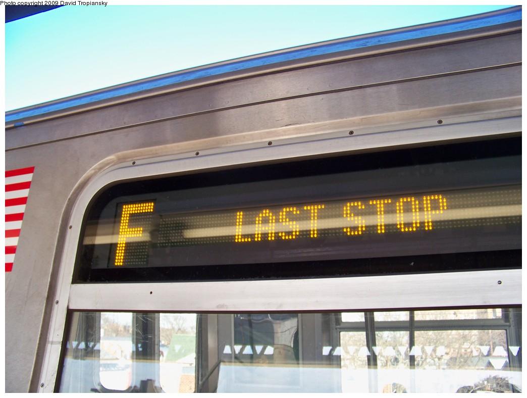 (182k, 1044x788)<br><b>Country:</b> United States<br><b>City:</b> New York<br><b>System:</b> New York City Transit<br><b>Line:</b> BMT Culver Line<br><b>Location:</b> Kings Highway <br><b>Route:</b> F<br><b>Car:</b> R-160A (Option 1) (Alstom, 2008-2009, 5 car sets)  9240 <br><b>Photo by:</b> David Tropiansky<br><b>Date:</b> 3/25/2009<br><b>Viewed (this week/total):</b> 0 / 1455