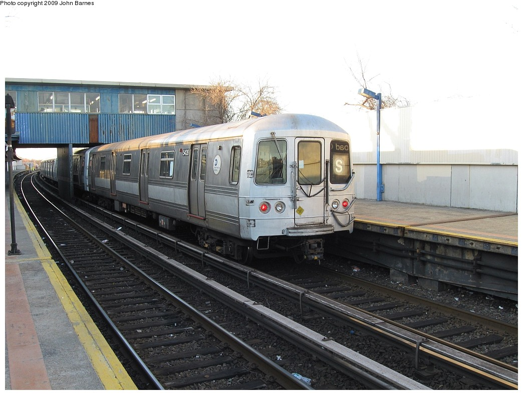 (216k, 1044x788)<br><b>Country:</b> United States<br><b>City:</b> New York<br><b>System:</b> New York City Transit<br><b>Line:</b> IND Rockaway<br><b>Location:</b> Broad Channel <br><b>Route:</b> S<br><b>Car:</b> R-44 (St. Louis, 1971-73) 5428 <br><b>Photo by:</b> John Barnes<br><b>Date:</b> 3/31/2009<br><b>Viewed (this week/total):</b> 1 / 1097