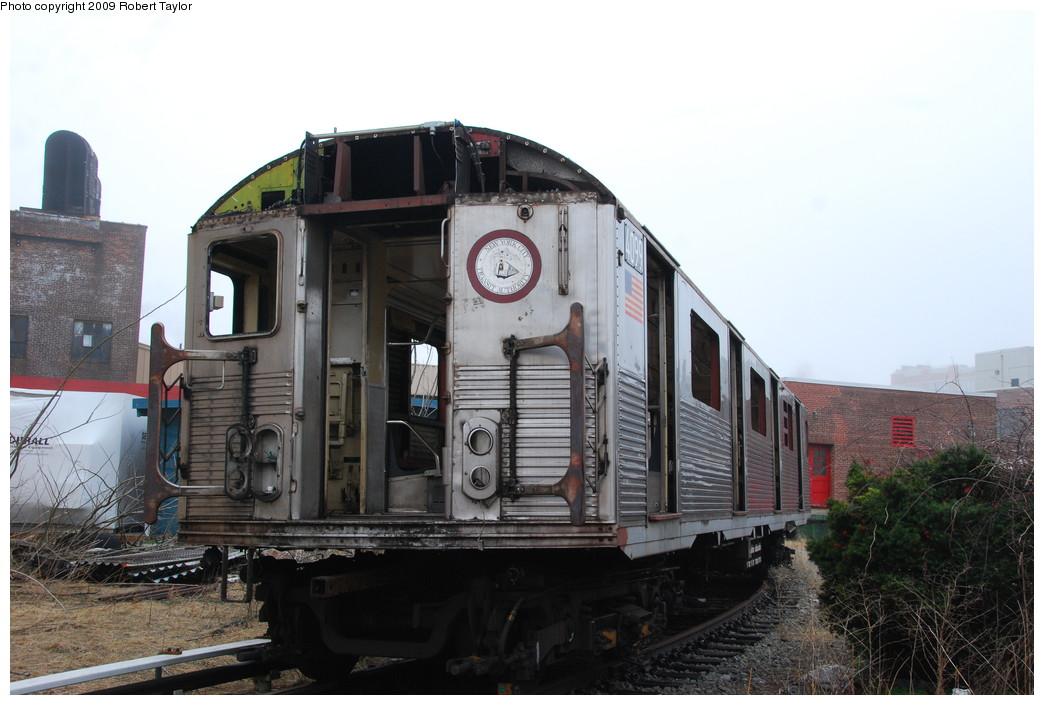 (237k, 1044x705)<br><b>Country:</b> United States<br><b>City:</b> New York<br><b>System:</b> New York City Transit<br><b>Location:</b> 207th Street Yard<br><b>Car:</b> R-38 (St. Louis, 1966-1967)  4099 <br><b>Photo by:</b> Robert Taylor<br><b>Date:</b> 3/29/2009<br><b>Notes:</b> Scrap<br><b>Viewed (this week/total):</b> 1 / 847