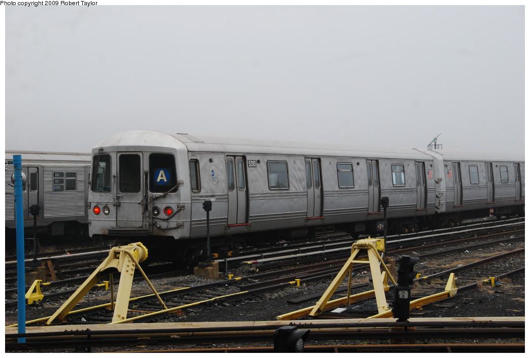 (215k, 1044x705)<br><b>Country:</b> United States<br><b>City:</b> New York<br><b>System:</b> New York City Transit<br><b>Location:</b> 207th Street Yard<br><b>Car:</b> R-44 (St. Louis, 1971-73) 5310 <br><b>Photo by:</b> Robert Taylor<br><b>Date:</b> 3/29/2009<br><b>Viewed (this week/total):</b> 1 / 787