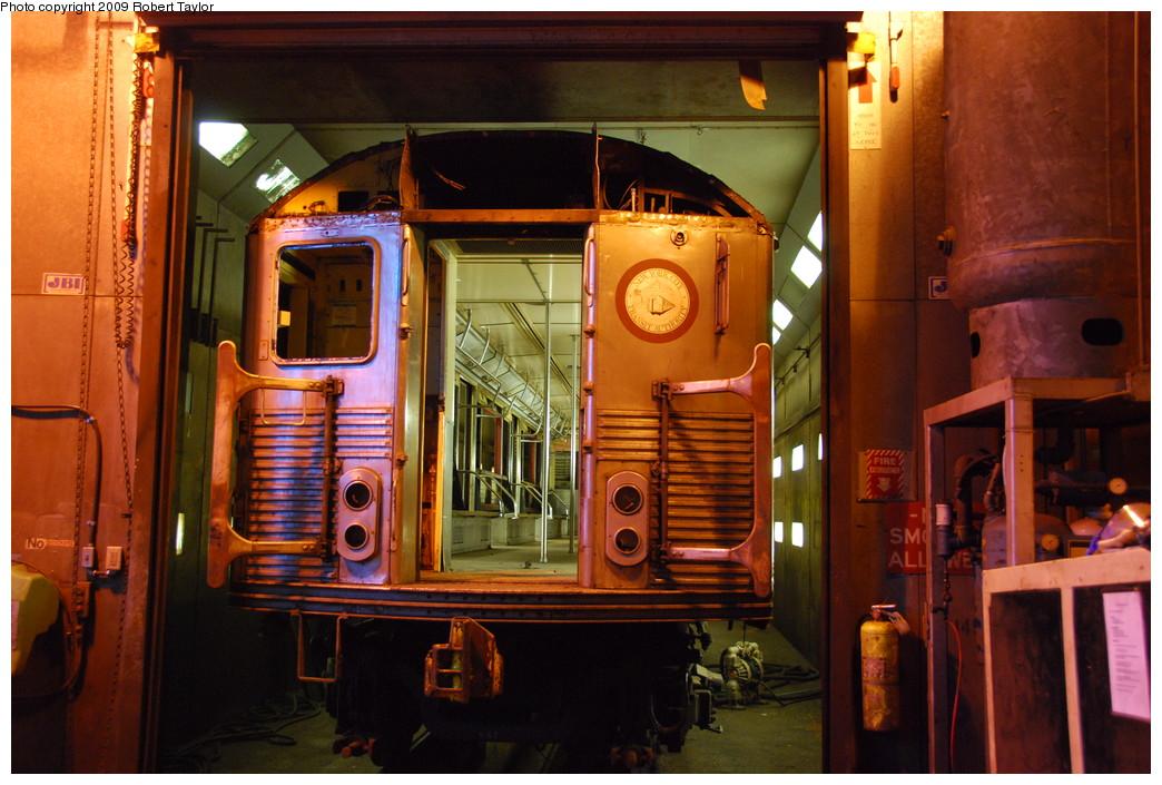 (279k, 1044x705)<br><b>Country:</b> United States<br><b>City:</b> New York<br><b>System:</b> New York City Transit<br><b>Location:</b> 207th Street Shop<br><b>Car:</b> R-38 (St. Louis, 1966-1967)  4072 <br><b>Photo by:</b> Robert Taylor<br><b>Date:</b> 3/29/2009<br><b>Notes:</b> Scrap<br><b>Viewed (this week/total):</b> 2 / 1248