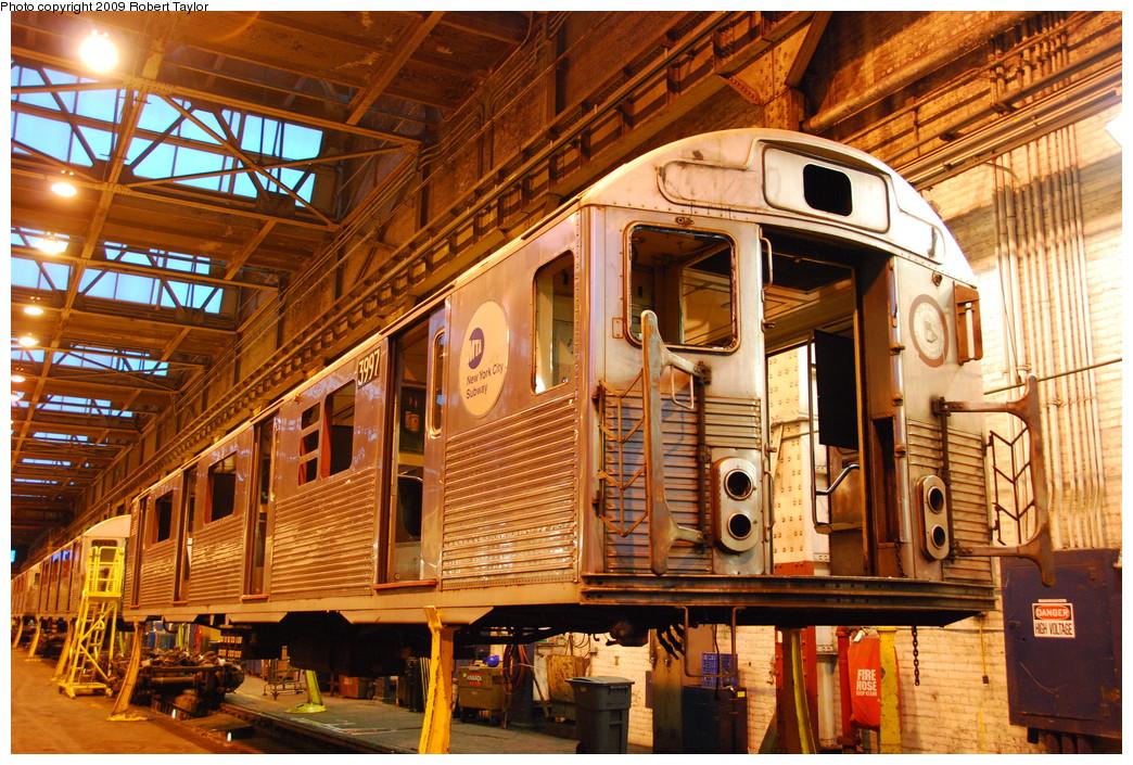 (373k, 1044x705)<br><b>Country:</b> United States<br><b>City:</b> New York<br><b>System:</b> New York City Transit<br><b>Location:</b> 207th Street Shop<br><b>Car:</b> R-38 (St. Louis, 1966-1967)  3997 <br><b>Photo by:</b> Robert Taylor<br><b>Date:</b> 3/29/2009<br><b>Notes:</b> Scrap<br><b>Viewed (this week/total):</b> 0 / 851