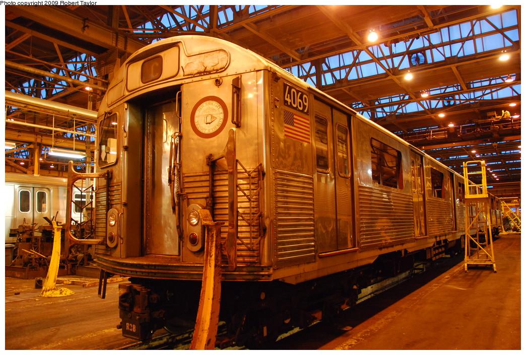 (355k, 1044x705)<br><b>Country:</b> United States<br><b>City:</b> New York<br><b>System:</b> New York City Transit<br><b>Location:</b> 207th Street Shop<br><b>Car:</b> R-38 (St. Louis, 1966-1967)  4069 <br><b>Photo by:</b> Robert Taylor<br><b>Date:</b> 3/29/2009<br><b>Notes:</b> Scrap<br><b>Viewed (this week/total):</b> 1 / 863