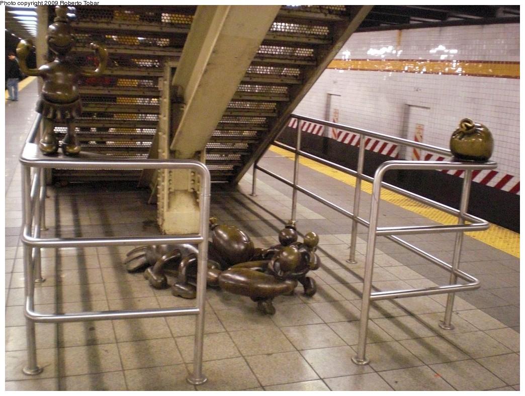 (265k, 1044x788)<br><b>Country:</b> United States<br><b>City:</b> New York<br><b>System:</b> New York City Transit<br><b>Line:</b> IND 8th Avenue Line<br><b>Location:</b> 14th Street <br><b>Photo by:</b> Roberto C. Tobar<br><b>Date:</b> 4/1/2009<br><b>Artwork:</b> <i>Life Underground</i>, Tom Otterness (2000).<br><b>Viewed (this week/total):</b> 0 / 2805