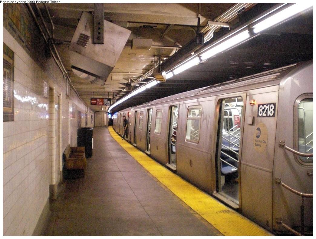 (311k, 1044x788)<br><b>Country:</b> United States<br><b>City:</b> New York<br><b>System:</b> New York City Transit<br><b>Line:</b> BMT Canarsie Line<br><b>Location:</b> Grand Street <br><b>Route:</b> L<br><b>Car:</b> R-143 (Kawasaki, 2001-2002) 8218 <br><b>Photo by:</b> Roberto C. Tobar<br><b>Date:</b> 4/2/2009<br><b>Viewed (this week/total):</b> 1 / 1915