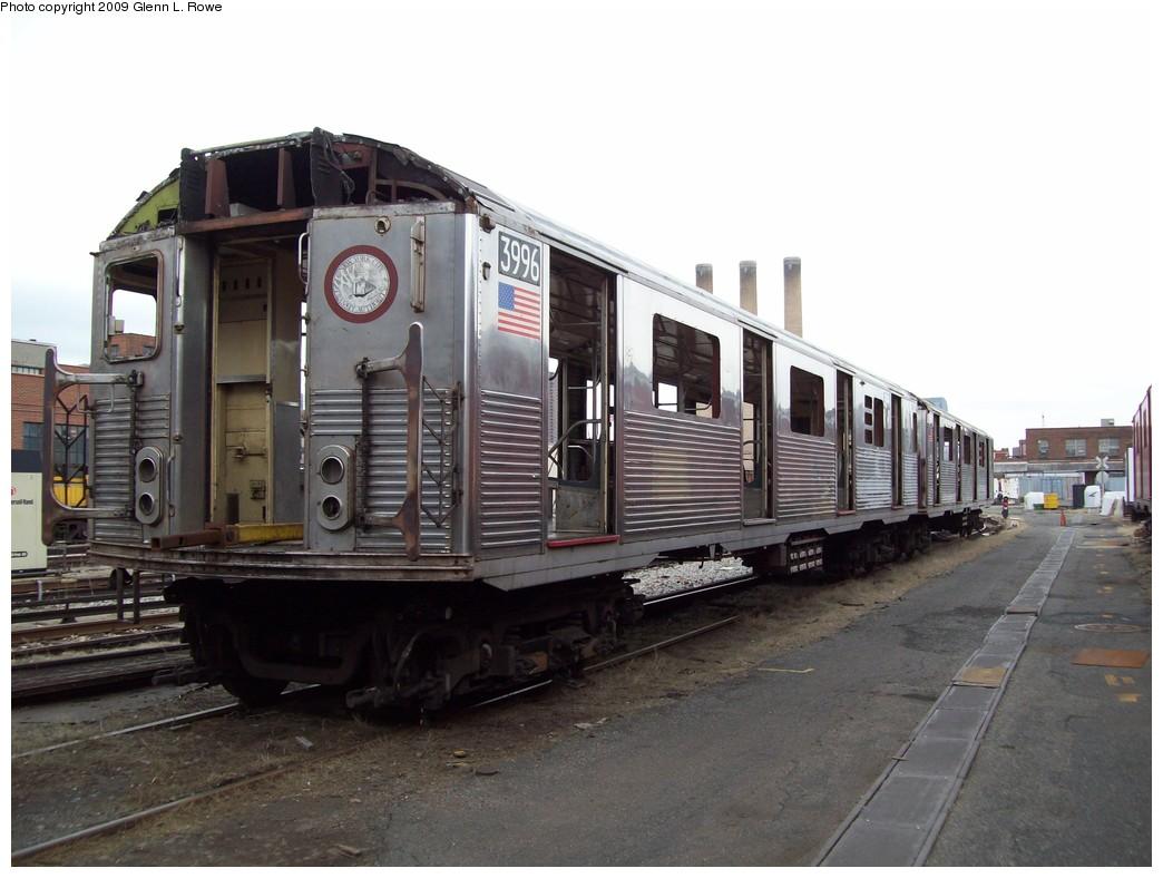 (186k, 1044x788)<br><b>Country:</b> United States<br><b>City:</b> New York<br><b>System:</b> New York City Transit<br><b>Location:</b> 207th Street Yard<br><b>Car:</b> R-38 (St. Louis, 1966-1967)  3996 <br><b>Photo by:</b> Glenn L. Rowe<br><b>Date:</b> 4/1/2009<br><b>Notes:</b> Scrap<br><b>Viewed (this week/total):</b> 0 / 900
