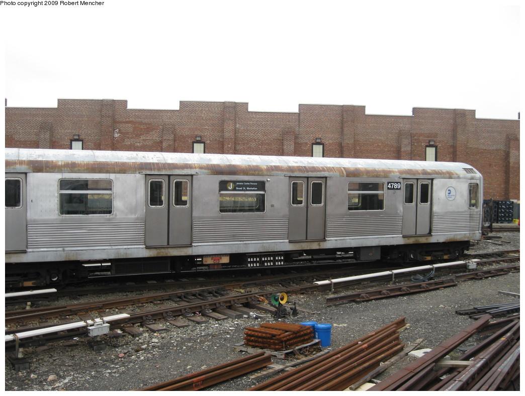 (226k, 1044x788)<br><b>Country:</b> United States<br><b>City:</b> New York<br><b>System:</b> New York City Transit<br><b>Location:</b> East New York Yard/Shops<br><b>Car:</b> R-42 (St. Louis, 1969-1970)  4789 <br><b>Photo by:</b> Robert Mencher<br><b>Date:</b> 4/1/2009<br><b>Viewed (this week/total):</b> 1 / 968
