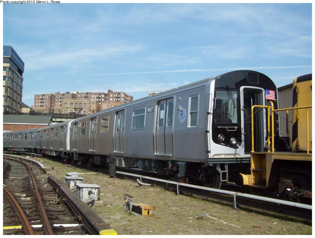 (224k, 1044x788)<br><b>Country:</b> United States<br><b>City:</b> New York<br><b>System:</b> New York City Transit<br><b>Location:</b> 207th Street Yard<br><b>Car:</b> R-160B (Option 2) (Kawasaki, 2009)  9927 <br><b>Photo by:</b> Glenn L. Rowe<br><b>Date:</b> 4/8/2010<br><b>Viewed (this week/total):</b> 1 / 1378