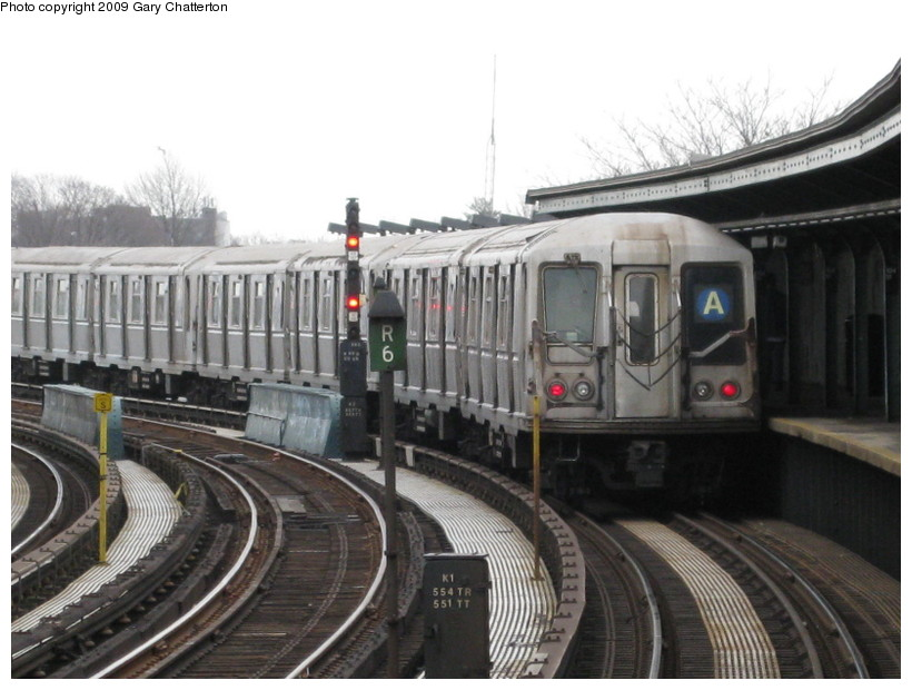 (126k, 820x620)<br><b>Country:</b> United States<br><b>City:</b> New York<br><b>System:</b> New York City Transit<br><b>Line:</b> IND Fulton Street Line<br><b>Location:</b> 104th Street/Oxford Ave. <br><b>Route:</b> A<br><b>Car:</b> R-40 (St. Louis, 1968)  4248 <br><b>Photo by:</b> Gary Chatterton<br><b>Date:</b> 4/1/2009<br><b>Viewed (this week/total):</b> 0 / 1220