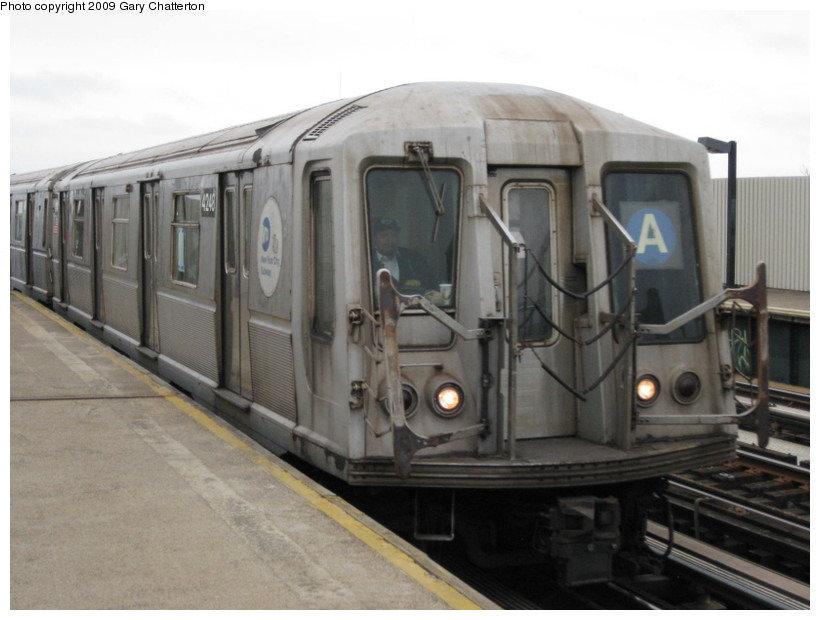 (107k, 820x620)<br><b>Country:</b> United States<br><b>City:</b> New York<br><b>System:</b> New York City Transit<br><b>Line:</b> IND Fulton Street Line<br><b>Location:</b> 104th Street/Oxford Ave. <br><b>Route:</b> A<br><b>Car:</b> R-40 (St. Louis, 1968)  4248 <br><b>Photo by:</b> Gary Chatterton<br><b>Date:</b> 4/1/2009<br><b>Viewed (this week/total):</b> 0 / 910