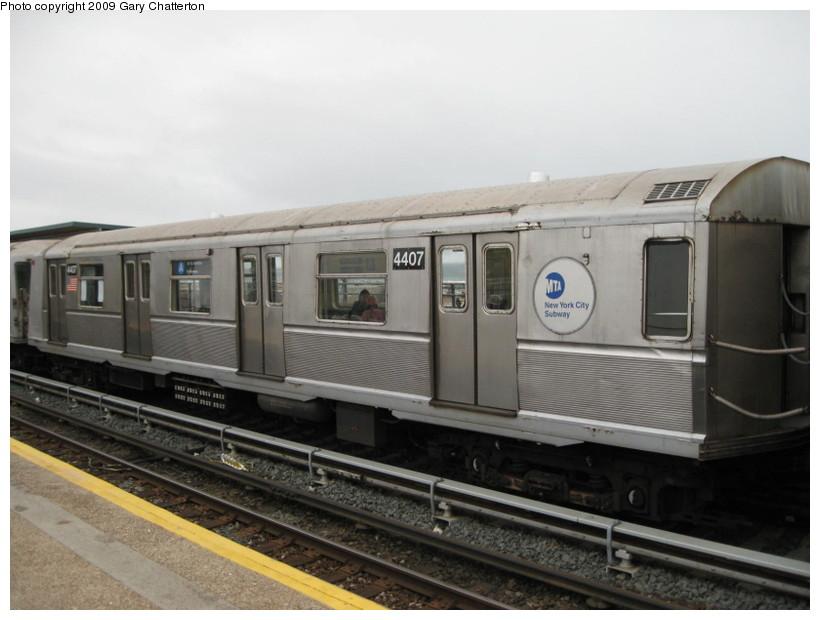 (108k, 820x620)<br><b>Country:</b> United States<br><b>City:</b> New York<br><b>System:</b> New York City Transit<br><b>Line:</b> IND Rockaway<br><b>Location:</b> Beach 44th Street/Frank Avenue <br><b>Route:</b> A<br><b>Car:</b> R-40 (St. Louis, 1968)  4407 <br><b>Photo by:</b> Gary Chatterton<br><b>Date:</b> 4/1/2009<br><b>Viewed (this week/total):</b> 2 / 813