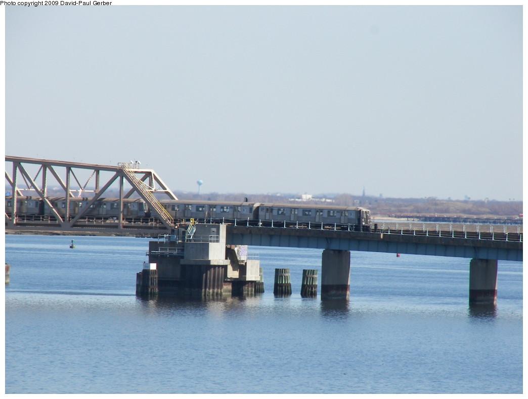 (200k, 1044x788)<br><b>Country:</b> United States<br><b>City:</b> New York<br><b>System:</b> New York City Transit<br><b>Line:</b> IND Rockaway<br><b>Location:</b> South Channel Bridge <br><b>Route:</b> A<br><b>Car:</b> R-40 (St. Louis, 1968)   <br><b>Photo by:</b> David-Paul Gerber<br><b>Date:</b> 3/21/2009<br><b>Viewed (this week/total):</b> 0 / 1065