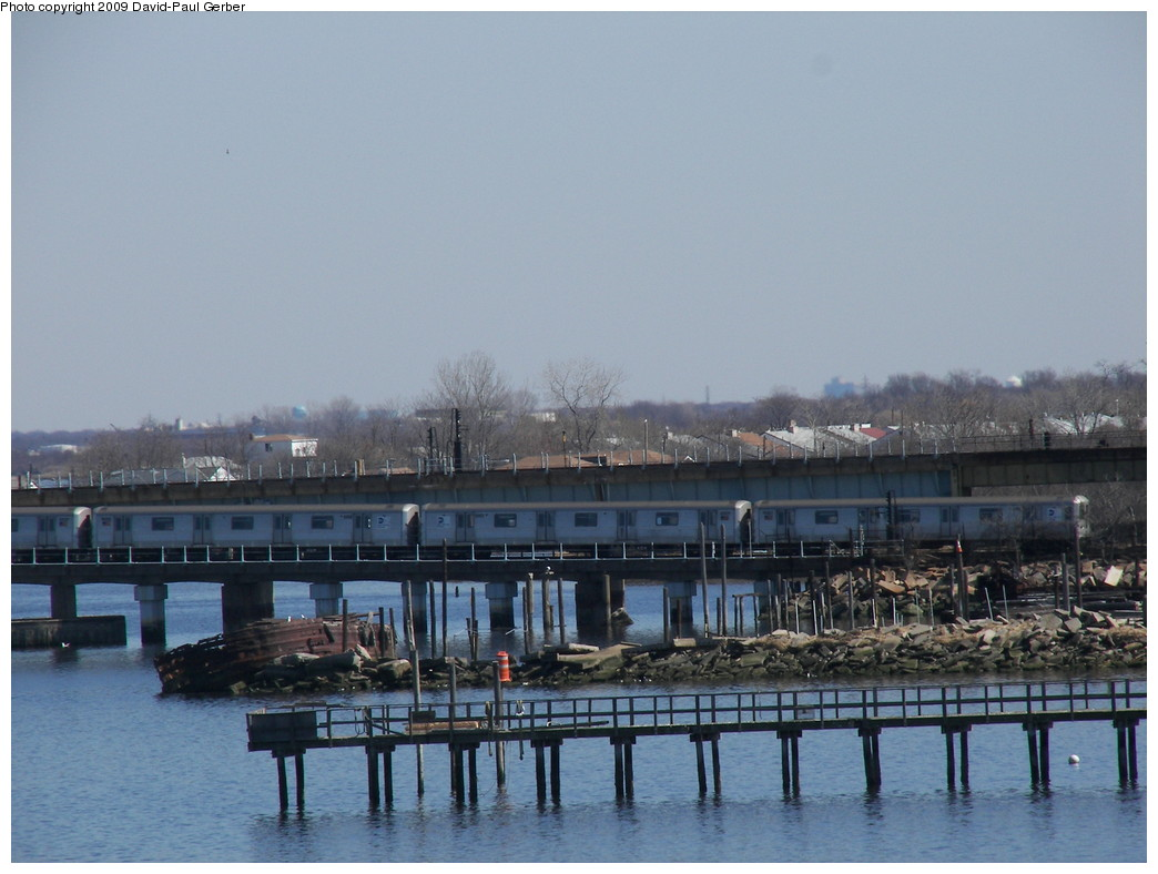 (234k, 1044x788)<br><b>Country:</b> United States<br><b>City:</b> New York<br><b>System:</b> New York City Transit<br><b>Line:</b> IND Rockaway<br><b>Location:</b> Hammels Wye <br><b>Route:</b> S<br><b>Car:</b> R-44 (St. Louis, 1971-73)  <br><b>Photo by:</b> David-Paul Gerber<br><b>Date:</b> 3/21/2009<br><b>Viewed (this week/total):</b> 2 / 1882