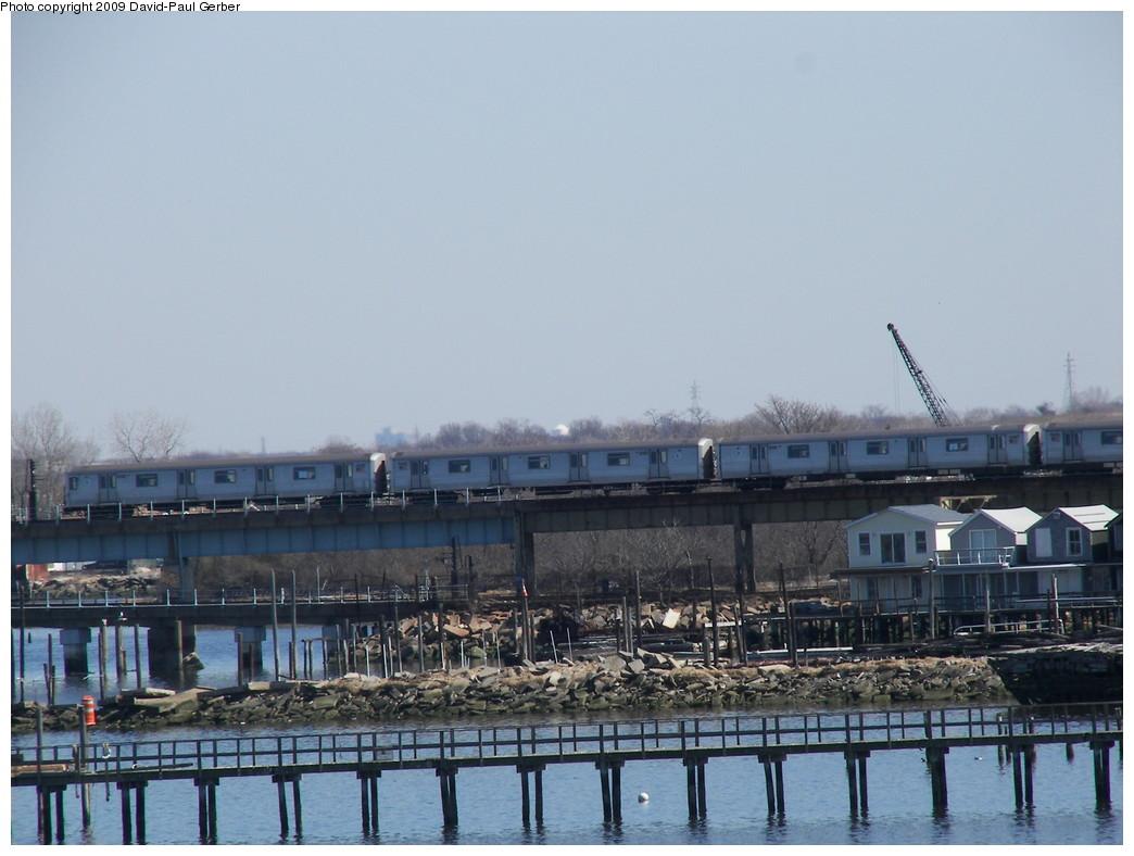 (238k, 1044x788)<br><b>Country:</b> United States<br><b>City:</b> New York<br><b>System:</b> New York City Transit<br><b>Line:</b> IND Rockaway<br><b>Location:</b> Hammels Wye <br><b>Route:</b> S<br><b>Car:</b> R-44 (St. Louis, 1971-73)  <br><b>Photo by:</b> David-Paul Gerber<br><b>Date:</b> 3/21/2009<br><b>Viewed (this week/total):</b> 0 / 1339