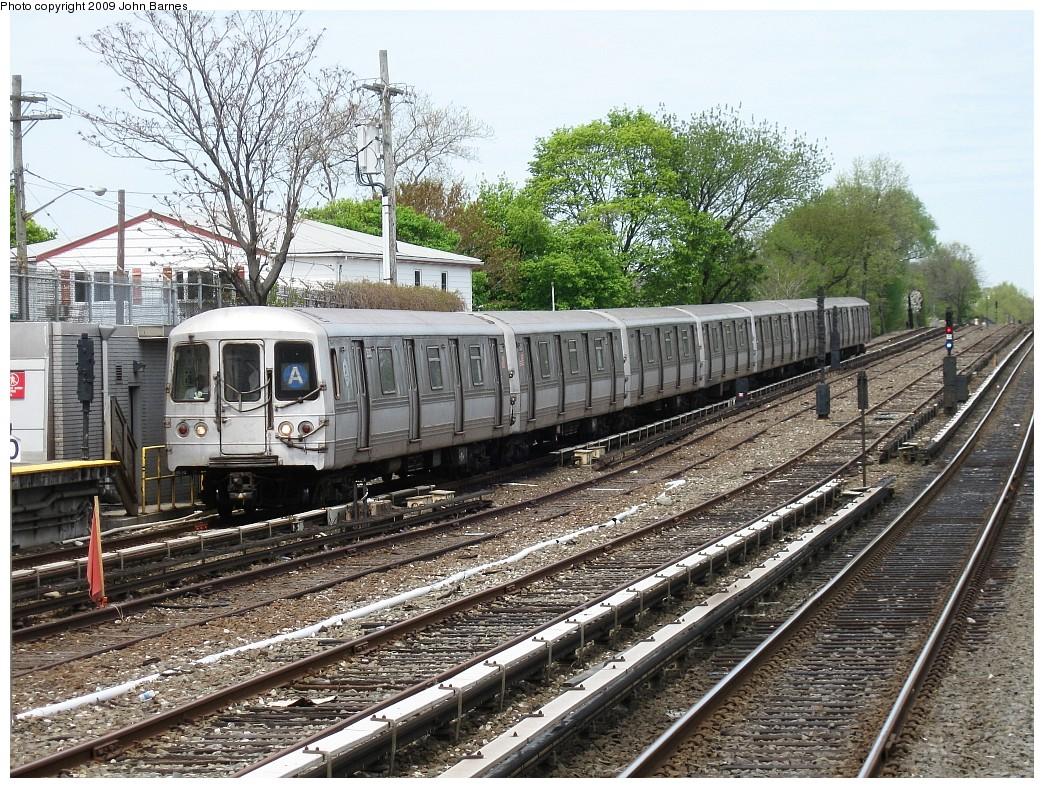 (353k, 1044x788)<br><b>Country:</b> United States<br><b>City:</b> New York<br><b>System:</b> New York City Transit<br><b>Line:</b> IND Rockaway<br><b>Location:</b> Howard Beach <br><b>Route:</b> A<br><b>Car:</b> R-44 (St. Louis, 1971-73) 5338 <br><b>Photo by:</b> John Barnes<br><b>Date:</b> 4/29/2009<br><b>Viewed (this week/total):</b> 3 / 1298