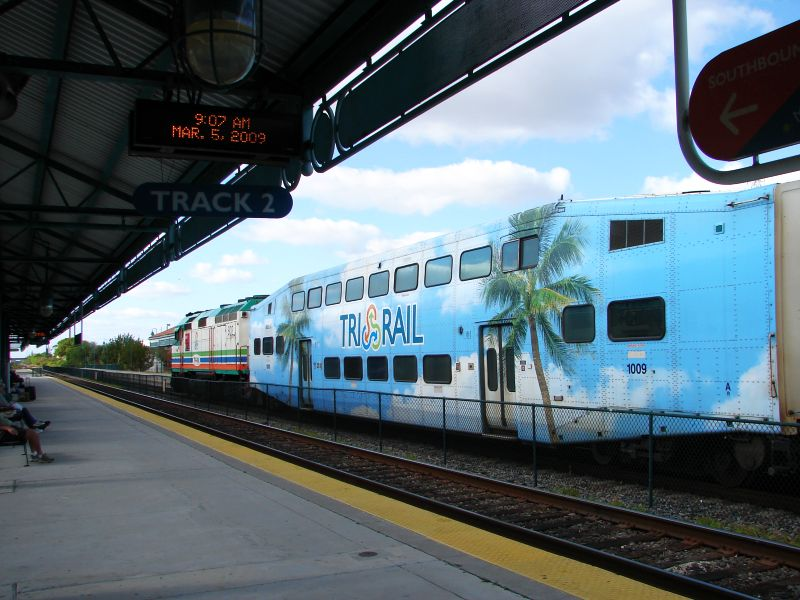 (85k, 800x600)<br><b>Country:</b> United States<br><b>City:</b> Miami, FL<br><b>System:</b> Miami Tri-Rail<br><b>Location:</b> Deerfield Beach (Amtrak) <br><b>Photo by:</b> Bob Vogel<br><b>Date:</b> 3/5/2009<br><b>Notes:</b> Bombardier coach TRCX 1009<br><b>Viewed (this week/total):</b> 0 / 1245