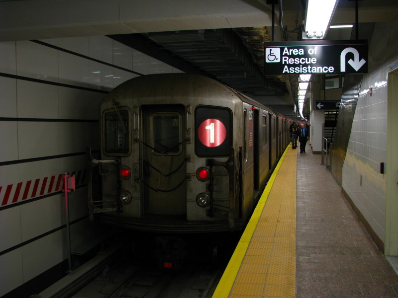 (106k, 800x600)<br><b>Country:</b> United States<br><b>City:</b> New York<br><b>System:</b> New York City Transit<br><b>Line:</b> IRT West Side Line<br><b>Location:</b> South Ferry (New Station) <br><b>Route:</b> 1<br><b>Car:</b> R-62A (Bombardier, 1984-1987)  2255 <br><b>Photo by:</b> Andrew Johnson<br><b>Date:</b> 3/18/2009<br><b>Viewed (this week/total):</b> 0 / 1341