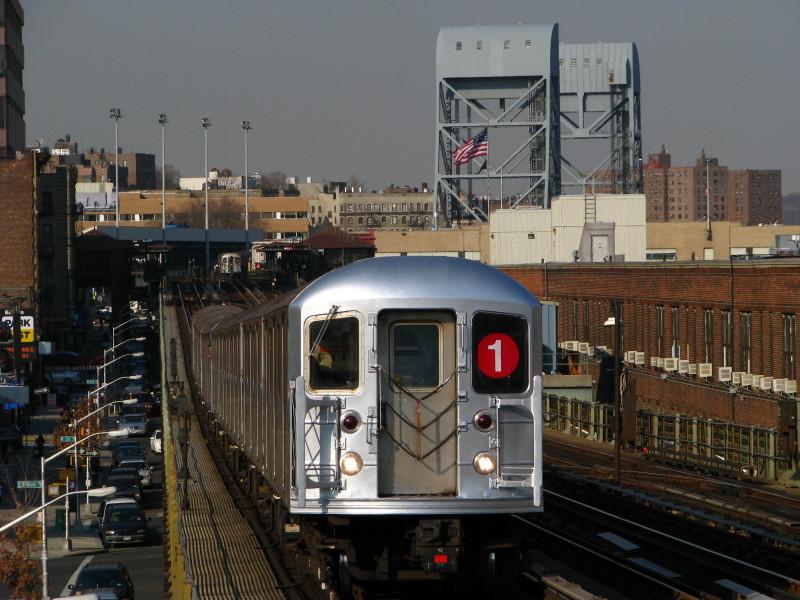 (155k, 800x600)<br><b>Country:</b> United States<br><b>City:</b> New York<br><b>System:</b> New York City Transit<br><b>Line:</b> IRT West Side Line<br><b>Location:</b> 207th Street <br><b>Route:</b> 1<br><b>Car:</b> R-62A (Bombardier, 1984-1987)  2351 <br><b>Photo by:</b> Andrew Johnson<br><b>Date:</b> 3/18/2009<br><b>Viewed (this week/total):</b> 2 / 1694
