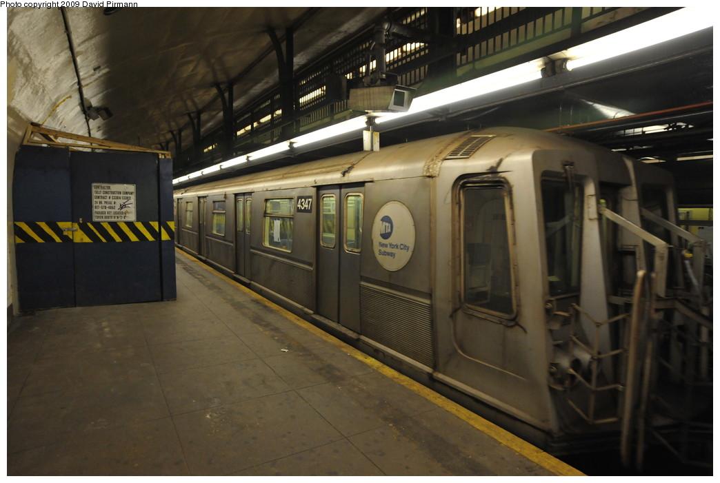 (225k, 1044x701)<br><b>Country:</b> United States<br><b>City:</b> New York<br><b>System:</b> New York City Transit<br><b>Line:</b> IND 8th Avenue Line<br><b>Location:</b> 181st Street <br><b>Route:</b> A<br><b>Car:</b> R-40 (St. Louis, 1968)  4347 <br><b>Photo by:</b> David Pirmann<br><b>Date:</b> 4/10/2009<br><b>Viewed (this week/total):</b> 2 / 1230