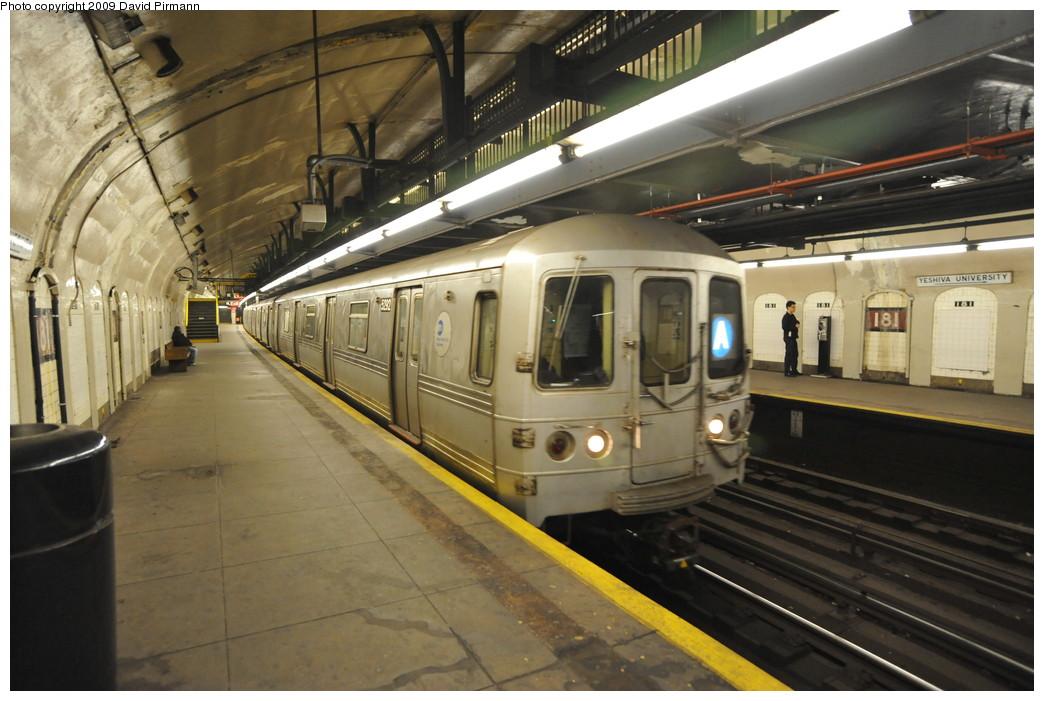 (250k, 1044x701)<br><b>Country:</b> United States<br><b>City:</b> New York<br><b>System:</b> New York City Transit<br><b>Line:</b> IND 8th Avenue Line<br><b>Location:</b> 181st Street <br><b>Route:</b> A<br><b>Car:</b> R-44 (St. Louis, 1971-73) 5292 <br><b>Photo by:</b> David Pirmann<br><b>Date:</b> 4/10/2009<br><b>Viewed (this week/total):</b> 0 / 1467