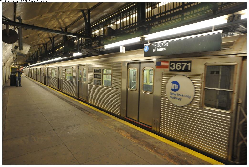 (273k, 1044x701)<br><b>Country:</b> United States<br><b>City:</b> New York<br><b>System:</b> New York City Transit<br><b>Line:</b> IND 8th Avenue Line<br><b>Location:</b> 181st Street <br><b>Route:</b> A<br><b>Car:</b> R-32 (Budd, 1964)  3671 <br><b>Photo by:</b> David Pirmann<br><b>Date:</b> 4/10/2009<br><b>Viewed (this week/total):</b> 3 / 1352