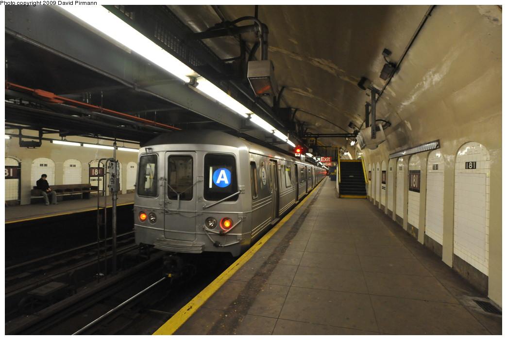 (225k, 1044x701)<br><b>Country:</b> United States<br><b>City:</b> New York<br><b>System:</b> New York City Transit<br><b>Line:</b> IND 8th Avenue Line<br><b>Location:</b> 181st Street <br><b>Route:</b> A<br><b>Car:</b> R-46 (Pullman-Standard, 1974-75) 6166 <br><b>Photo by:</b> David Pirmann<br><b>Date:</b> 4/10/2009<br><b>Viewed (this week/total):</b> 1 / 1452